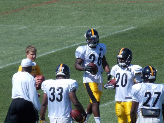 Video: Topps Rookie Profile Of Steelers Rookie RB Le'Veon Bell