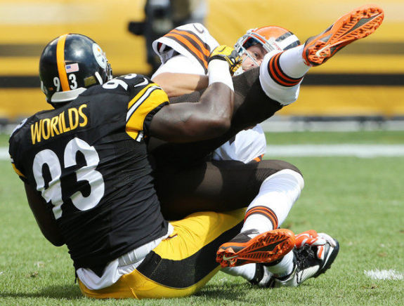 Steelers-vs-Browns-Jason-Worilds-Brian-Hoyer-2014-NFL