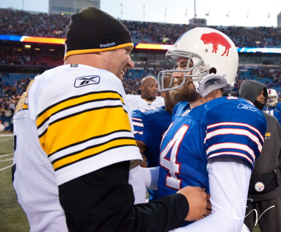 Steelers quarterback Ben Roethlisberger and Houston Texans quarterback Ryan Fitzpatrick are no strangers