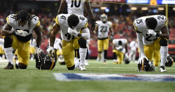 NFL: Pittsburgh Steelers at Atlanta Falcons