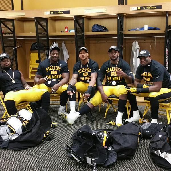 wholesale dealer be8bf 40a07 Five Takeaways Following the Steelers AFC North Title Win ...