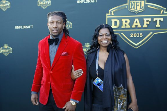 Video: Highlights of Steelers First-Round Pick Bud Dupree