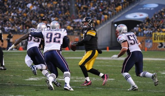 Flashback: Steelers Haunt Brady and Pats 25-17 in 2011 Matchup