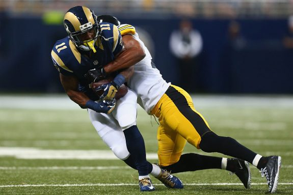 Steelers Top Rams 12-6; Lose Roethlisberger with Knee Injury