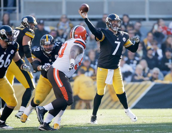 Roethlisberger Comes In to Save the Day; Steelers Roll Over Browns 30-9