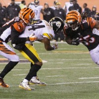 """Pacman"" Jones' mouth keeps chomping, says Antonio Brown was ""faking"" injury"