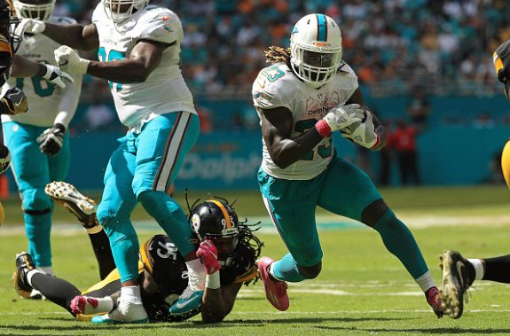 Steelers Vised in Miami by Dolphins; Fall to 4-2 Following 30-15 Beating