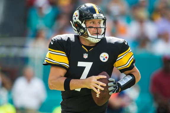 Roethlisberger Puts the Brakes on Thoughts on a Fast Return from Surgery